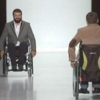 Модный показ одежды для инвалидов
